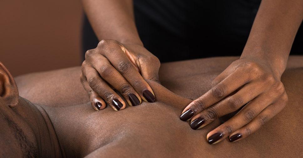 Melhores tipos de massagens para aliviar o estresse