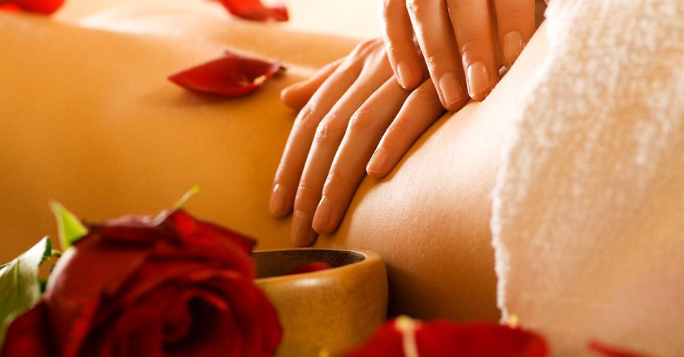 Desempenho na cama: como a massagem tântrica pode ajudar?