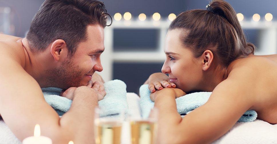 Crise no relacionamento? Saiba como a massagem para casal pode ajudar